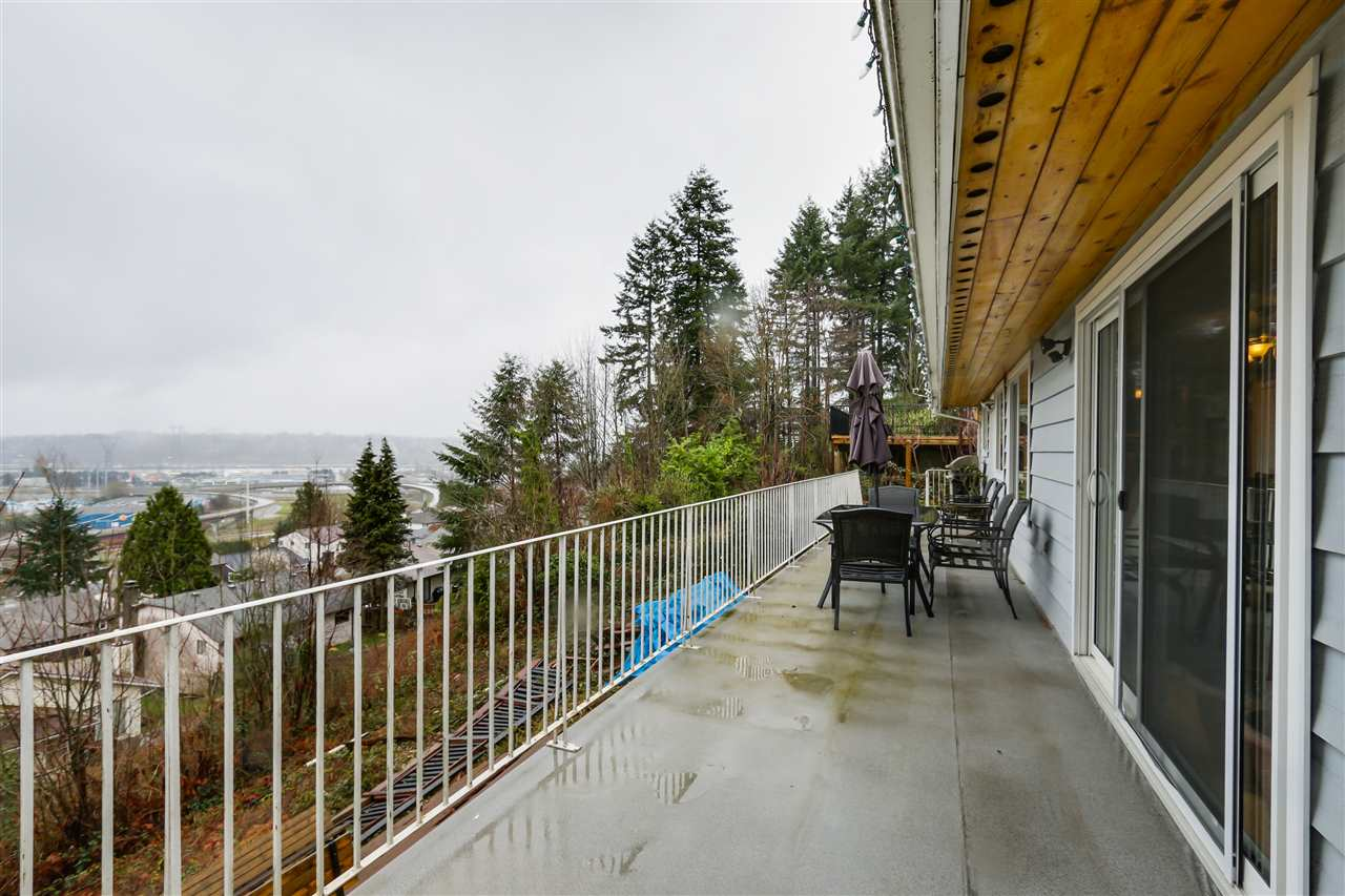 Photo 18: 2310 DAWES HILL ROAD in Coquitlam: Cape Horn House for sale : MLS(r) # R2043585