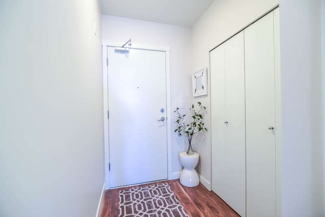 Photo 4: 403 2511 QUEBEC STREET in Vancouver: Mount Pleasant VE Condo for sale (Vancouver East)  : MLS(r) # R2127027