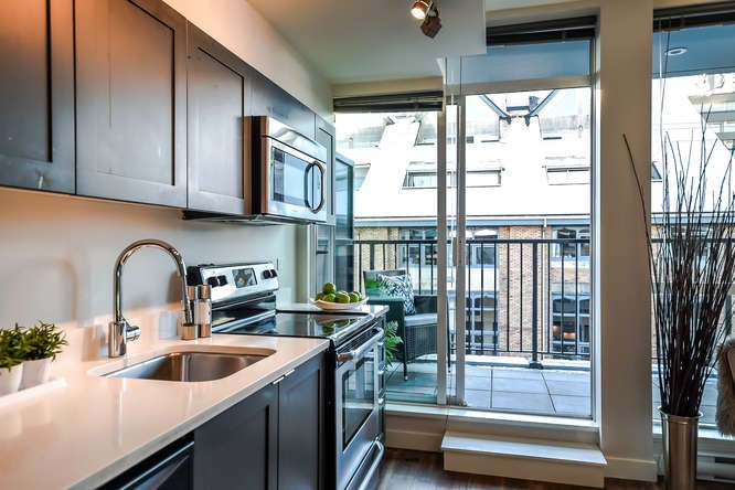 Photo 10: 403 2511 QUEBEC STREET in Vancouver: Mount Pleasant VE Condo for sale (Vancouver East)  : MLS(r) # R2127027