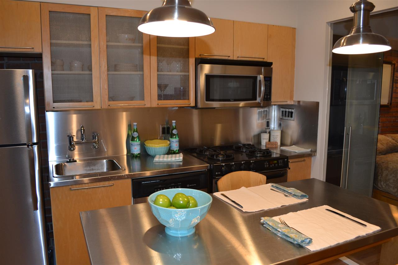 Photo 7: 305 1072 HAMILTON STREET in Vancouver: Yaletown Condo for sale (Vancouver West)  : MLS(r) # R2151564