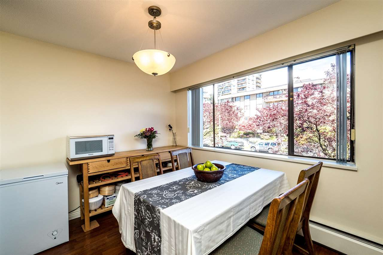 Photo 6: 202 127 E 4TH STREET in North Vancouver: Lower Lonsdale Condo for sale : MLS® # R2161252
