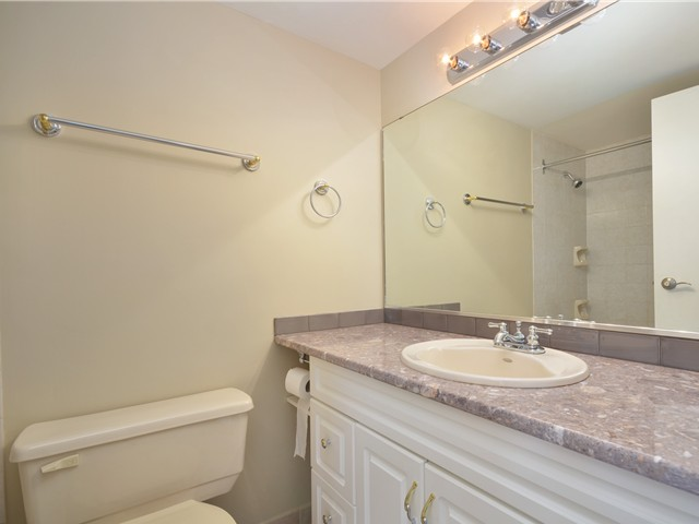 Photo 9: Photos: 101 140 E KEITH Road in North Vancouver: Central Lonsdale Condo for sale : MLS®# V967748