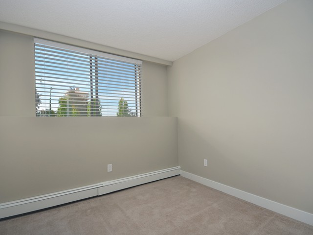 Photo 8: Photos: 101 140 E KEITH Road in North Vancouver: Central Lonsdale Condo for sale : MLS®# V967748