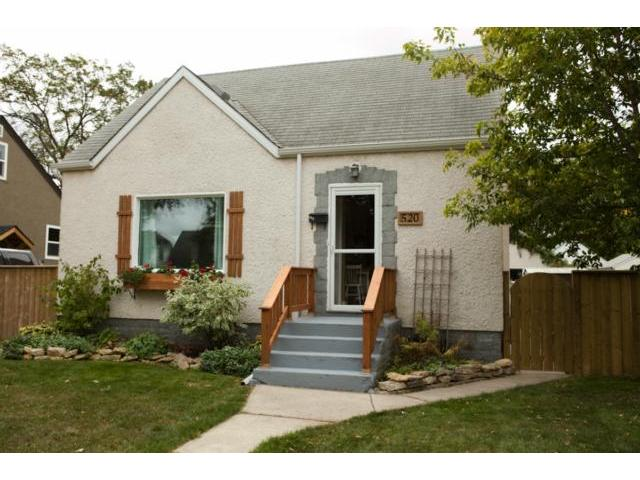 Main Photo: 520 St. Catherine Street in WINNIPEG: St Boniface Residential for sale (South East Winnipeg)  : MLS® # 1219381