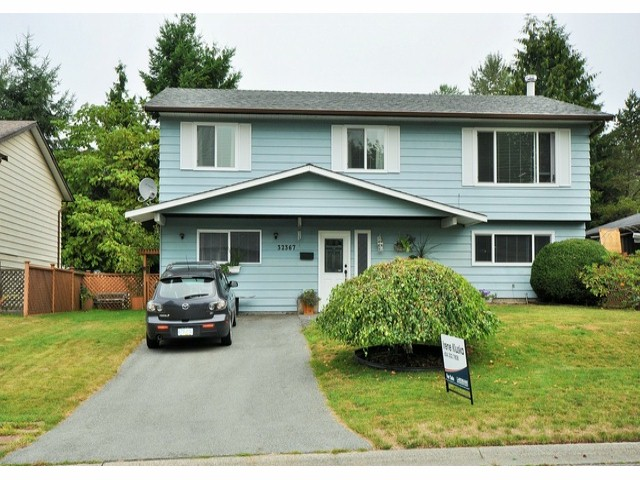 Main Photo: 32367 PTARMIGAN DR in Mission: Mission BC House for sale : MLS® # F1420172