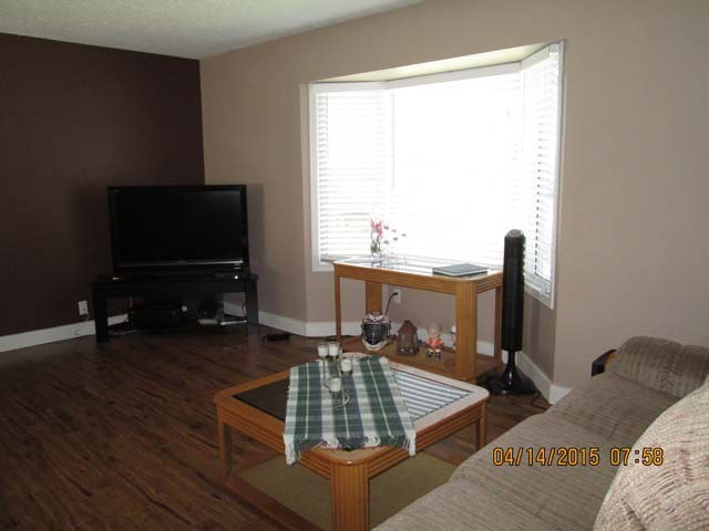 Photo 5: 6090 PALOMINO CR in Surrey: Cloverdale BC House for sale (Cloverdale)  : MLS(r) # F1437887
