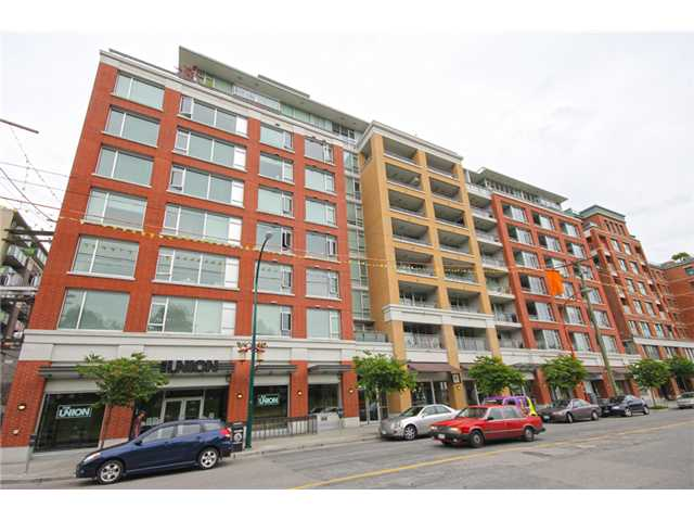 Main Photo: #207 221 Union St in Vancouver: Mount Pleasant VE Condo for sale (Vancouver East)  : MLS® # V1097816