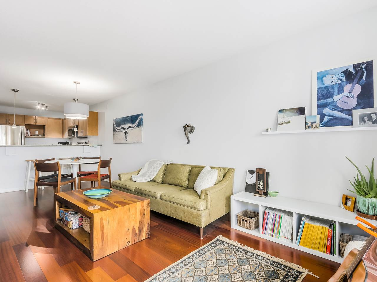 Photo 19: 109 333 E 1ST STREET in North Vancouver: Lower Lonsdale Condo for sale : MLS® # R2032321