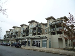 Main Photo: 211 10180 153 STREET in Surrey: Guildford Condo for sale (North Surrey)  : MLS® # R2024981