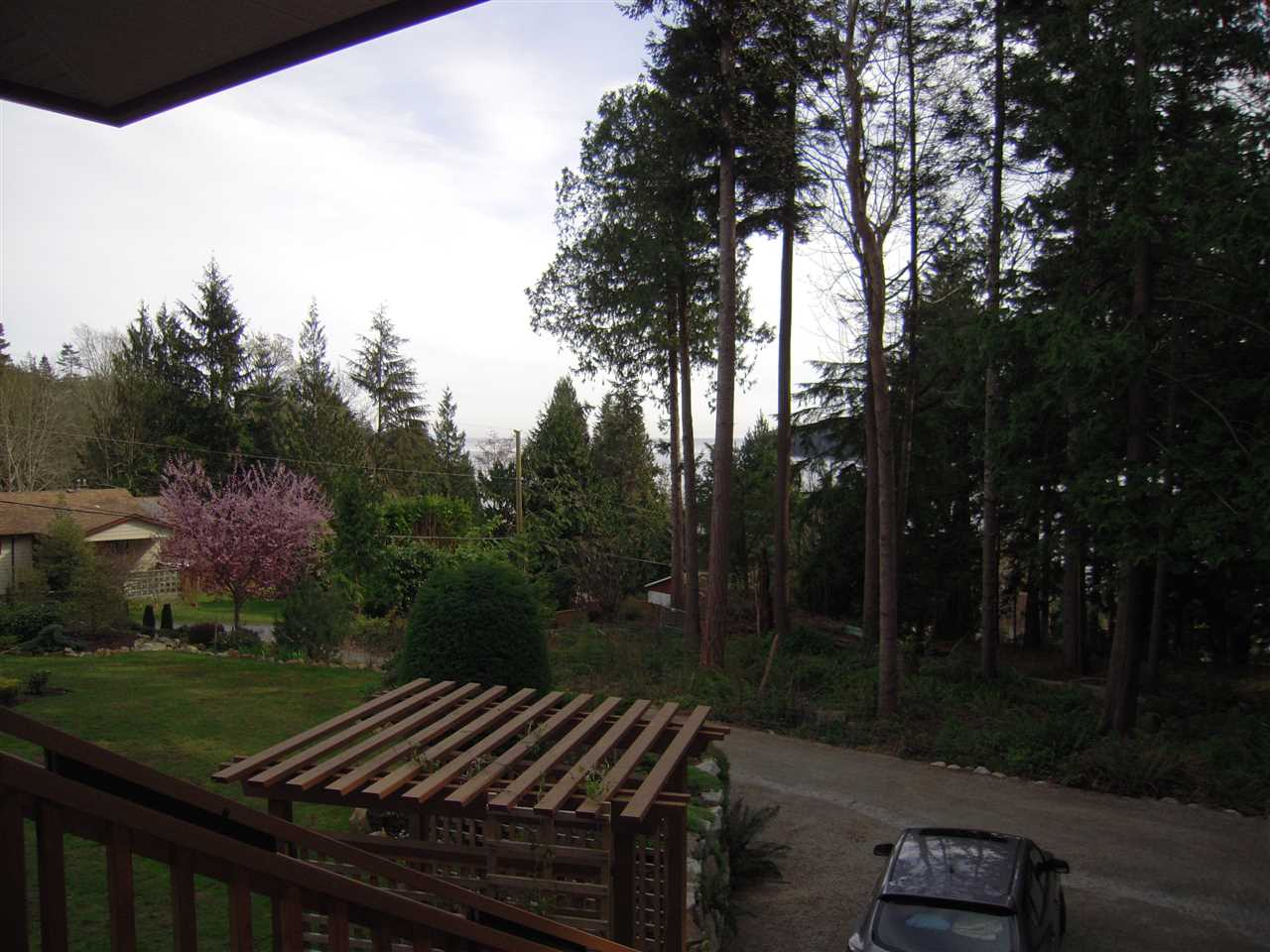 Photo 5: 5447 WAKEFIELD ROAD in Sechelt: Sechelt District House for sale (Sunshine Coast)  : MLS(r) # R2047962