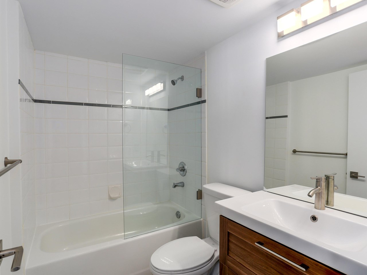 Photo 6: 424 5880 DOVER CRESCENT in Richmond: Riverdale RI Condo for sale : MLS(r) # R2107709