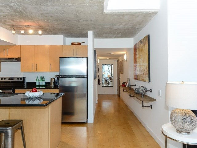 Photo 4: 36 Charlotte St Unit #P H 8 in Toronto: Waterfront Communities C1 Condo for sale (Toronto C01)  : MLS(r) # C3635791