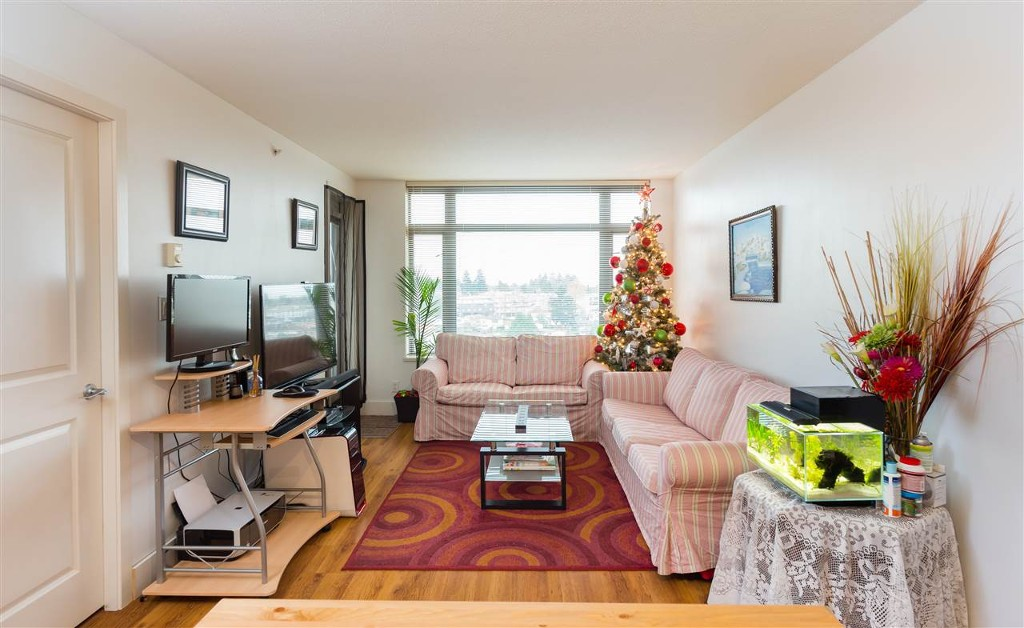 Photo 13: 1210 3660 Vanness Avenue in Vancouver: Collingwood VE Condo for sale (Vancouver East)  : MLS® # R2125808