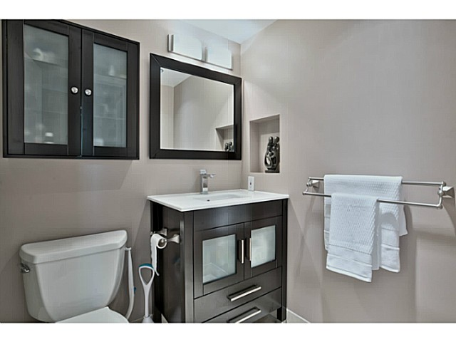 Photo 16: # 211 500 W 10TH AV in Vancouver: Fairview VW Condo for sale (Vancouver West)  : MLS® # V1082824