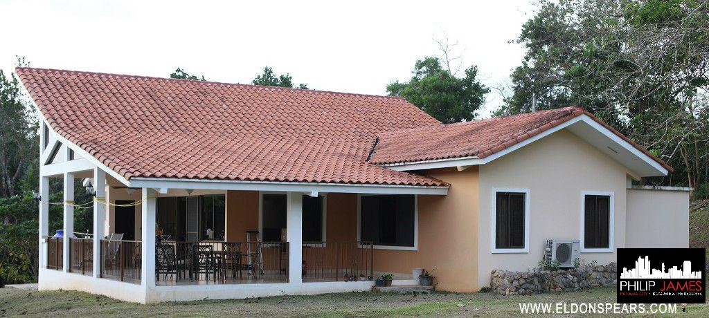 FEATURED LISTING:  La Chorrera