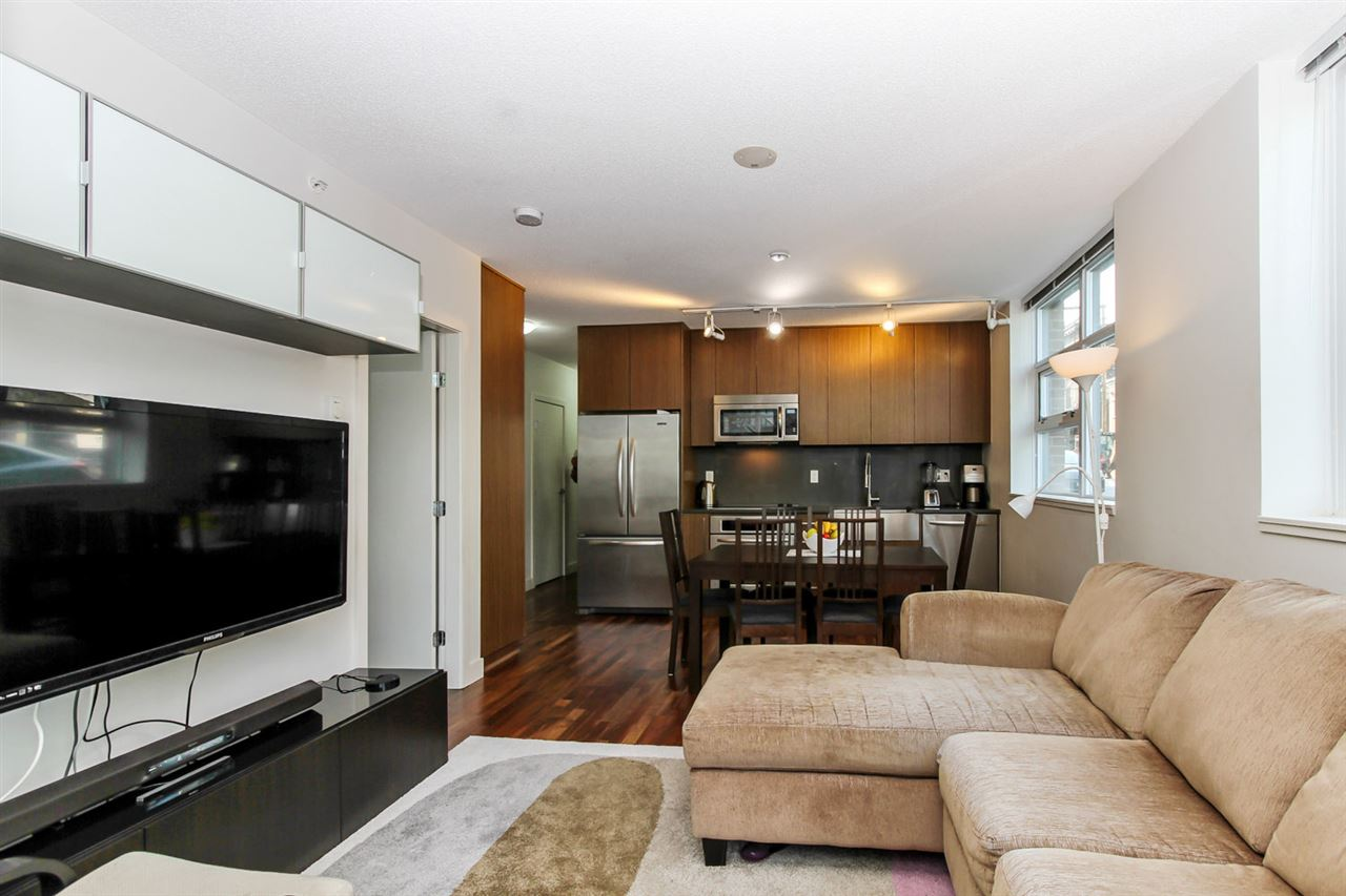 Photo 4: 151 250 E 6TH AVENUE in Vancouver: Mount Pleasant VE Condo for sale (Vancouver East)  : MLS(r) # R2063013