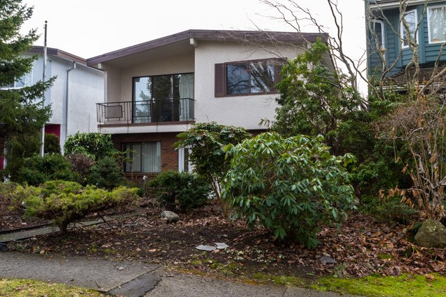 Main Photo: 3908 W 23RD AVENUE AVENUE in Vancouver: Dunbar House for sale (Vancouver West)  : MLS®# R2135788