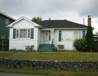 Main Photo: 1741 W 58TH AV in Vancouver: South Granville House for sale (Vancouver West)  : MLS(r) # V553031