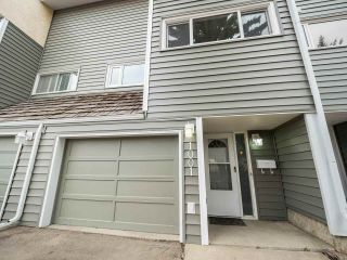 Main Photo: 1001 Milbourne Road NW in Edmonton: Zone 29 Townhouse for sale : MLS®# E4108493