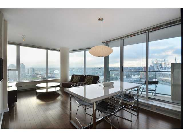 "Main Photo: # 2505 689 ABBOTT ST in Vancouver: Downtown VW Condo for sale in ""ESPANA 1"" (Vancouver West)  : MLS® # V988273"