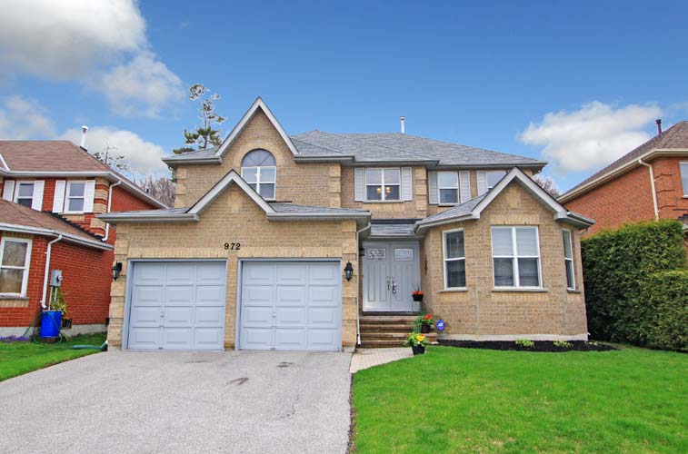Main Photo: Oshawa in Eastdale: Freehold for sale (Oshawa)