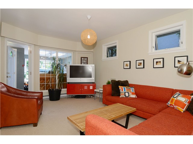 Photo 6: 4647 W 15TH AV in Vancouver: Point Grey House for sale (Vancouver West)  : MLS(r) # V1055319