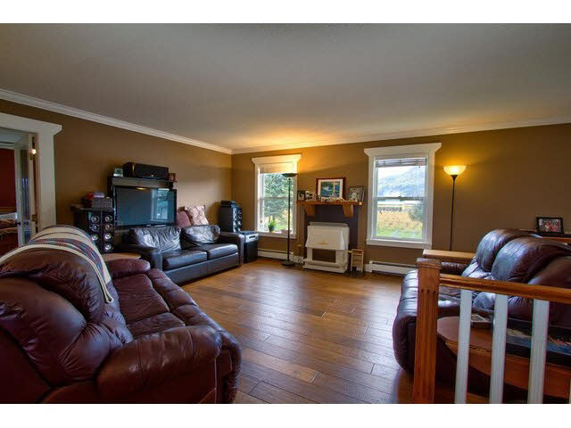 Photo 10: 6285 BEHARRELL RD in Abbotsford: Matsqui House for sale : MLS(r) # F1435284