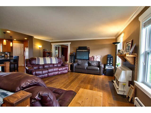 Photo 11: 6285 BEHARRELL RD in Abbotsford: Matsqui House for sale : MLS(r) # F1435284