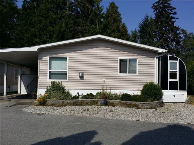 Main Photo: # 34 5575 MASON RD in Sechelt: Sechelt District Manufactured Home for sale (Sunshine Coast)  : MLS(r) # V1139069