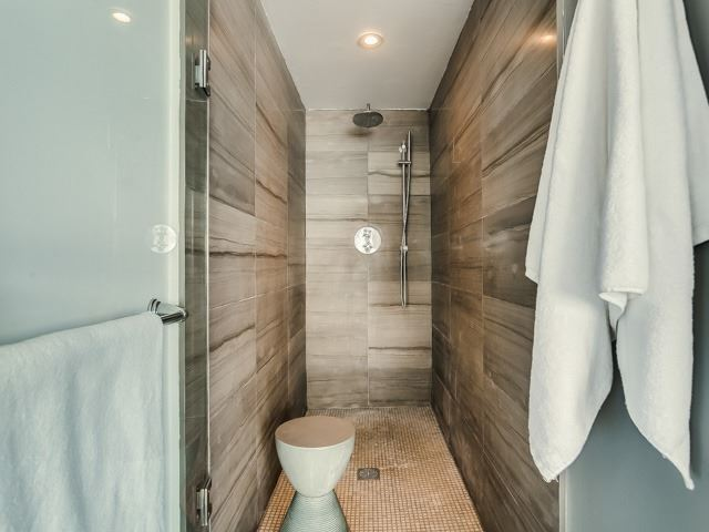 Photo 18: 915 King  St W Unit #Ph 501 in Toronto: Niagara Condo for sale (Toronto C01)  : MLS(r) # C3730789