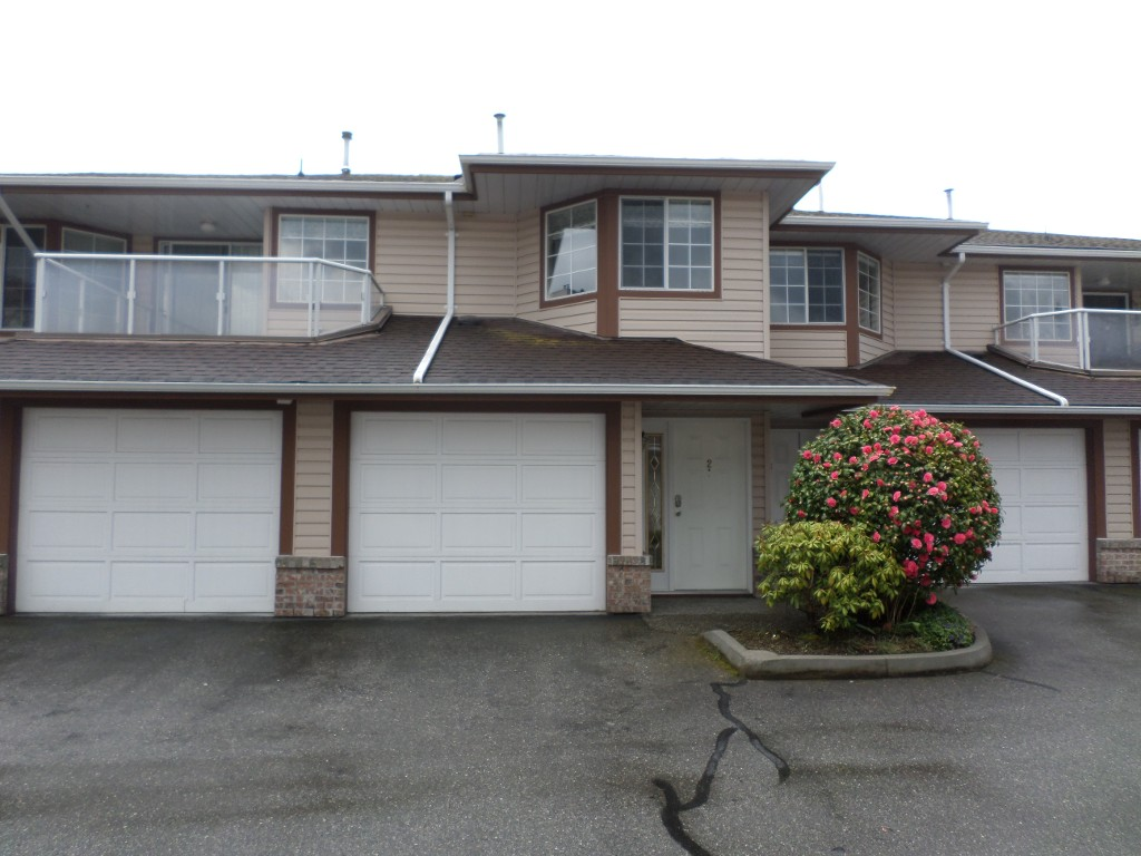Main Photo: 2 32659 George Ferguson in Abbotsford: Abbotsford West Townhouse for sale : MLS(r) # R2157901