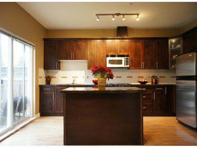 "Main Photo: 140 20449 66TH Avenue in Langley: Willoughby Heights Townhouse for sale in ""NATURES LANDING"" : MLS® # F1300820"