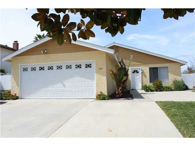 Main Photo: OCEANSIDE House for sale : 4 bedrooms : 319 Festival Drive