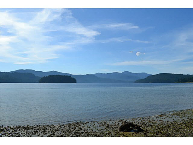 Main Photo: LOT 4 SECHELT INLET ROAD in Sechelt: Sechelt District Home for sale (Sunshine Coast)  : MLS® # V1028397