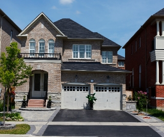 Main Photo: 150 Ascalon Dr in Vaughan: Patterson Freehold for sale : MLS® # N2936956