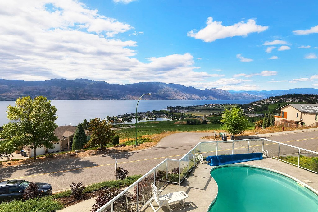 Main Photo: 1288 Gregory Road in West Kelowna: Lakeview Heights House for sale (Central Okanagan)  : MLS® # 10124994