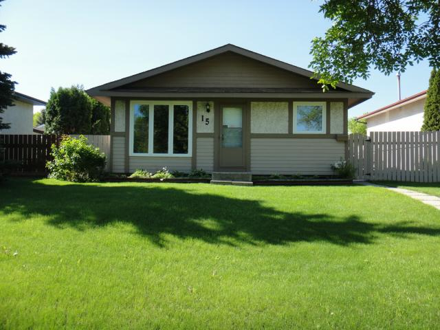 Main Photo: 15 Lynn Lake Drive in WINNIPEG: Transcona Residential for sale (North East Winnipeg)  : MLS® # 1212142