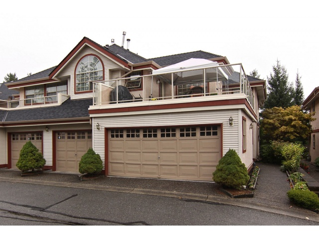 "Main Photo: 41 8855 212TH Street in Langley: Walnut Grove Townhouse for sale in ""Golden Ridge"" : MLS® # F1320345"
