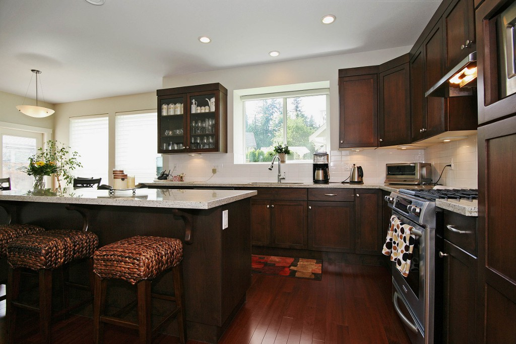 Photo 3: 14218 37TH AV in Surrey: Elgin Chantrell House for sale (South Surrey White Rock)  : MLS® # F1412665