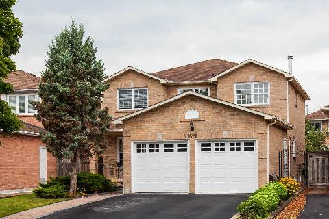 Main Photo: 1621 Willow Way in Mississauga: East Credit House (2-Storey) for sale : MLS® # W2987035