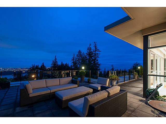 Photo 8: # 301 2285 TWIN CREEK PL in West Vancouver: Whitby Estates Condo for sale : MLS® # V1080040