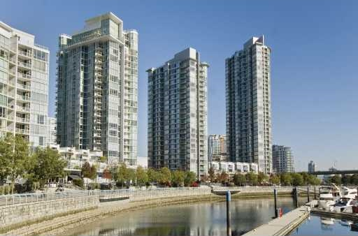 Main Photo: 2201 1067 Marinaside Crescent in Vancouver: Condo for sale : MLS® # V1113831