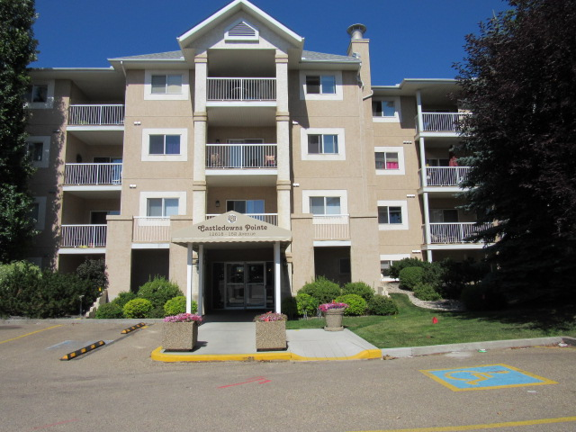 Main Photo: 117, 12618 - 152 Avenue NW in Edmonton: Condo for rent