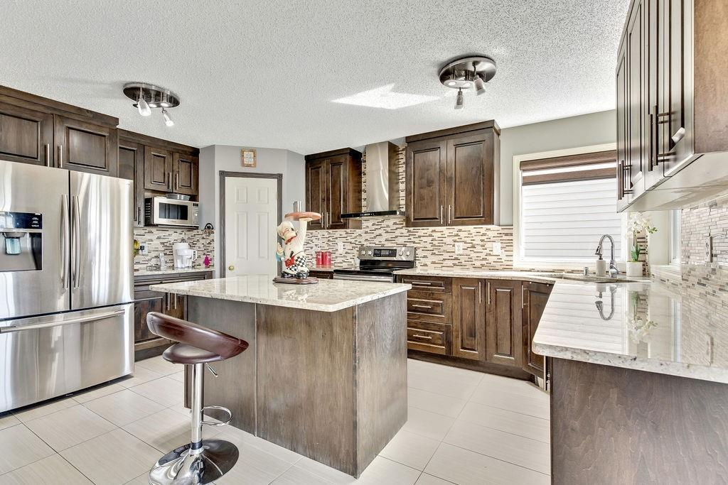 FEATURED LISTING: 279 TARACOVE ESTATE Drive Northeast Calgary