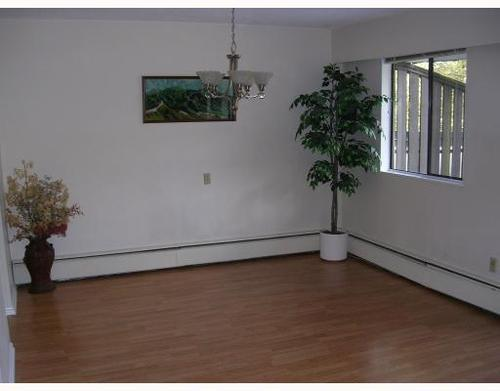 Photo 5: 8893 HORNE Street in Burnaby North: Government Road Home for sale ()  : MLS(r) # V739457