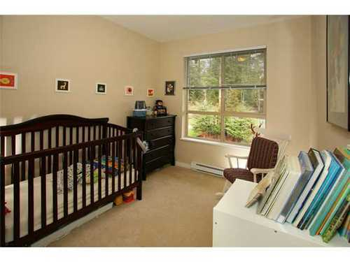 Photo 8: 402 2969 WHISPER Way in Coquitlam: Westwood Plateau Home for sale ()  : MLS(r) # V872120