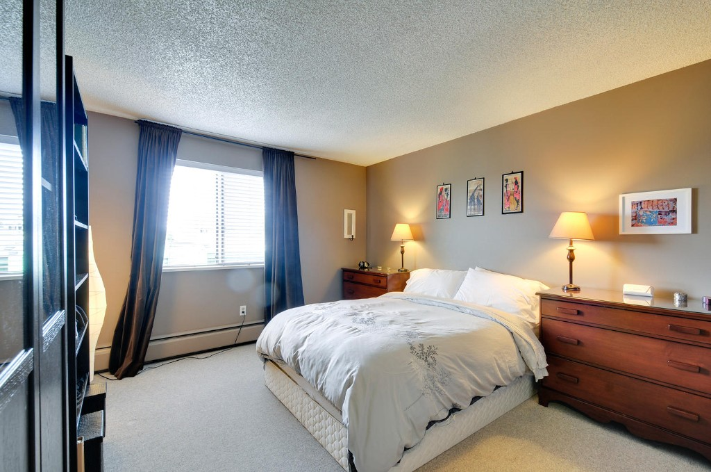 Photo 9: 312 3901 CARRIGAN COURT in Burnaby: Government Road Condo for sale (Burnaby North)  : MLS(r) # R2039778