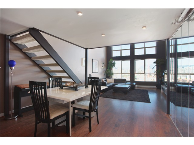 Photo 5: 401 338 W 8TH Avenue in Vancouver: Mount Pleasant VW Condo for sale (Vancouver West)  : MLS(r) # V983590