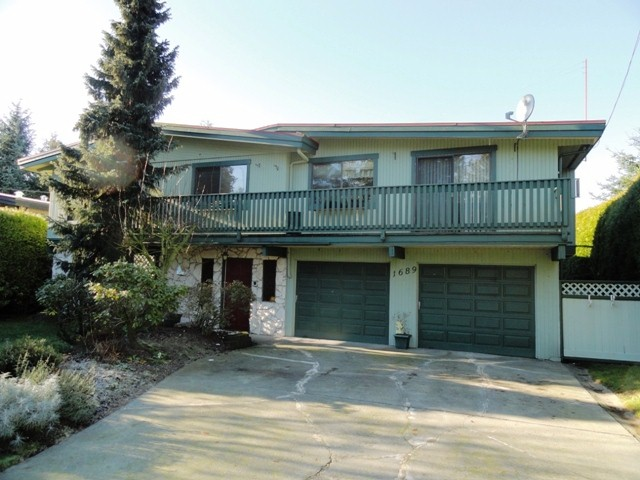Main Photo: 1689 148TH Street in Surrey: Sunnyside Park Surrey House for sale (South Surrey White Rock)  : MLS® # F1300922