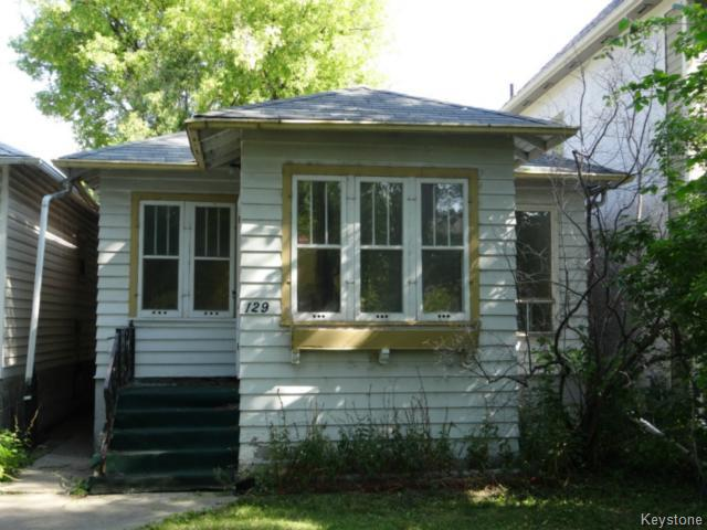 Main Photo: 129 Bannerman Avenue in WINNIPEG: North End Residential for sale (North West Winnipeg)  : MLS® # 1319616